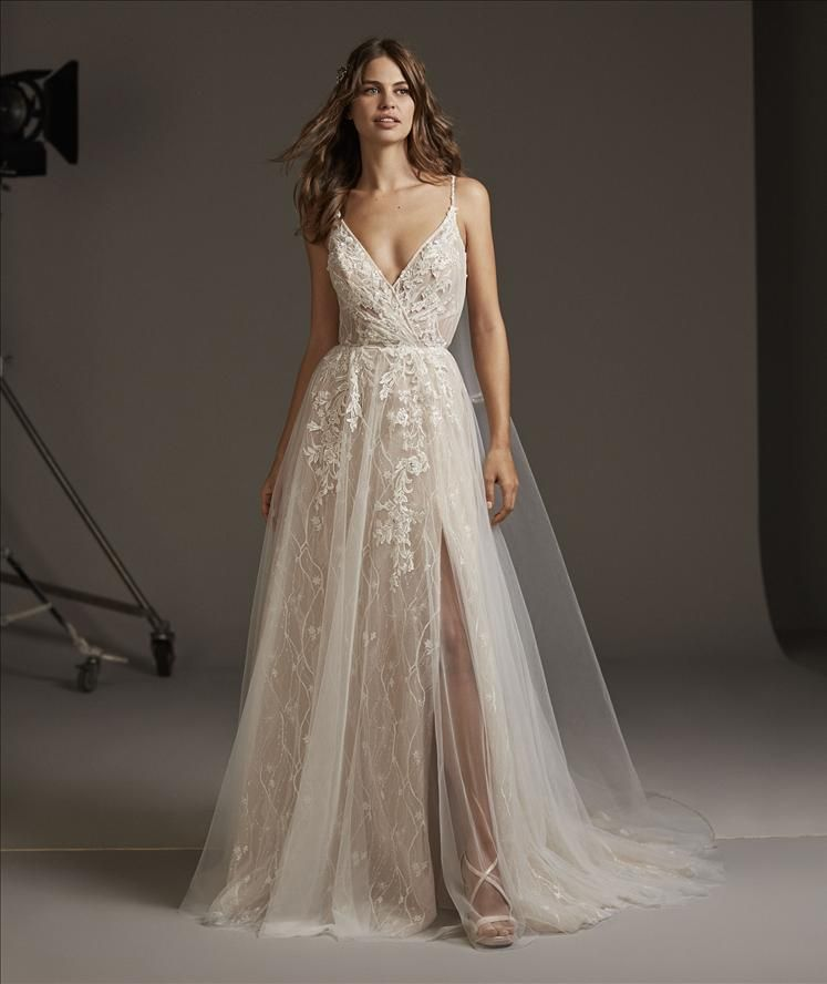 images/stories/PRONOVIAS/2020/PRON20_059