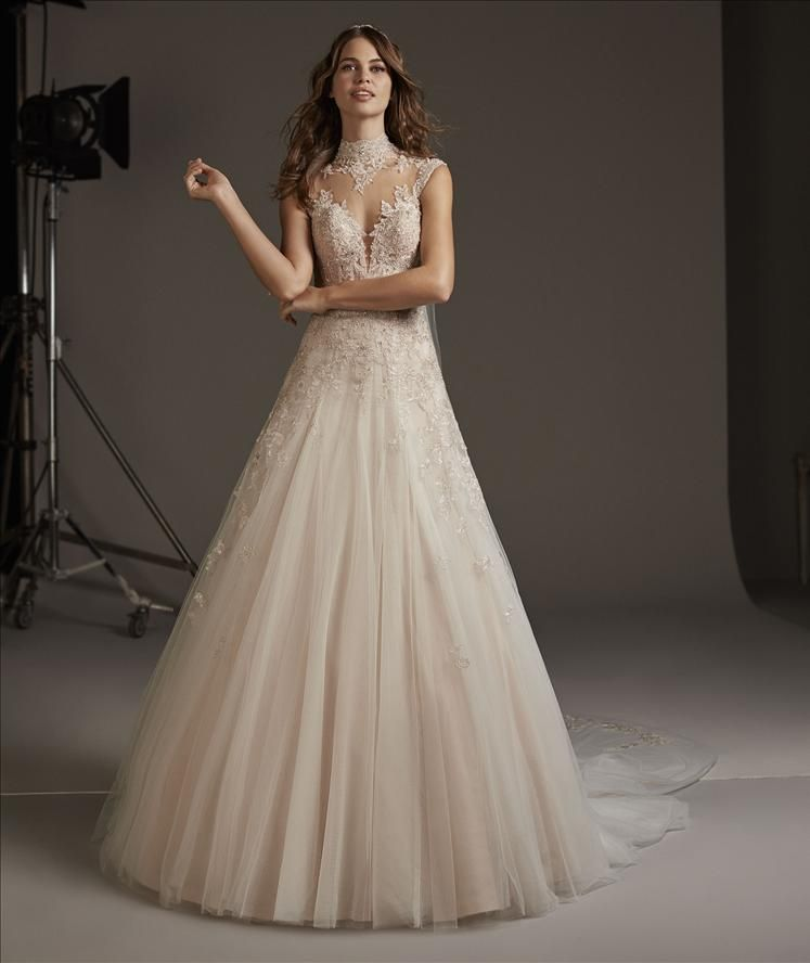 images/stories/PRONOVIAS/2020/PRON20_073