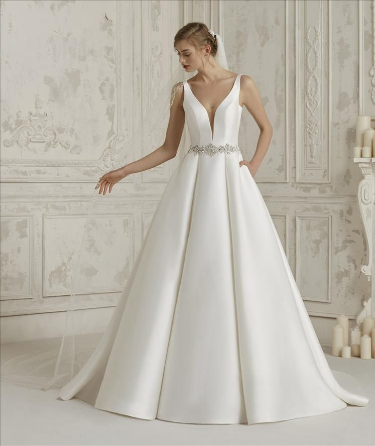 images/stories/PRONOVIAS/2020/PRON20_077