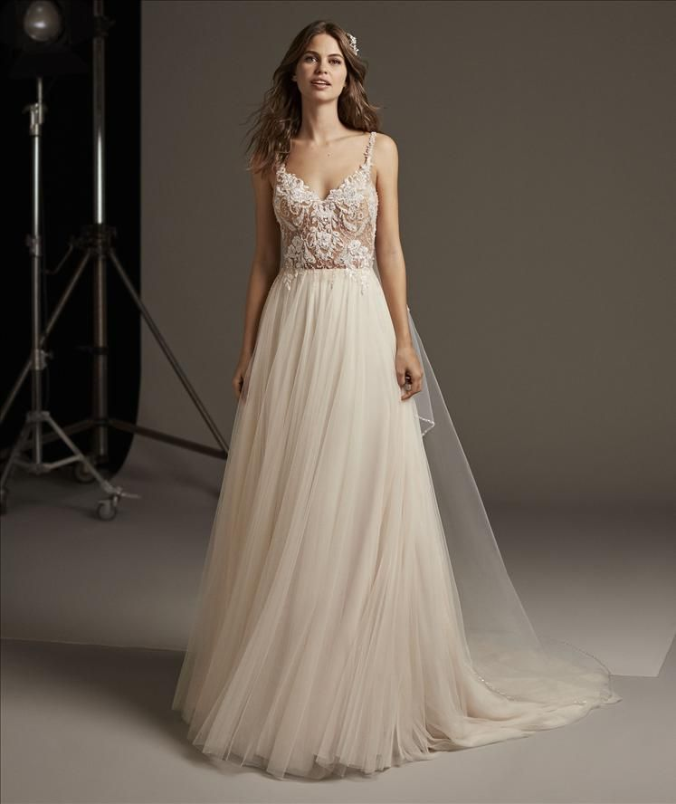 images/stories/PRONOVIAS/2020/PRON20_097